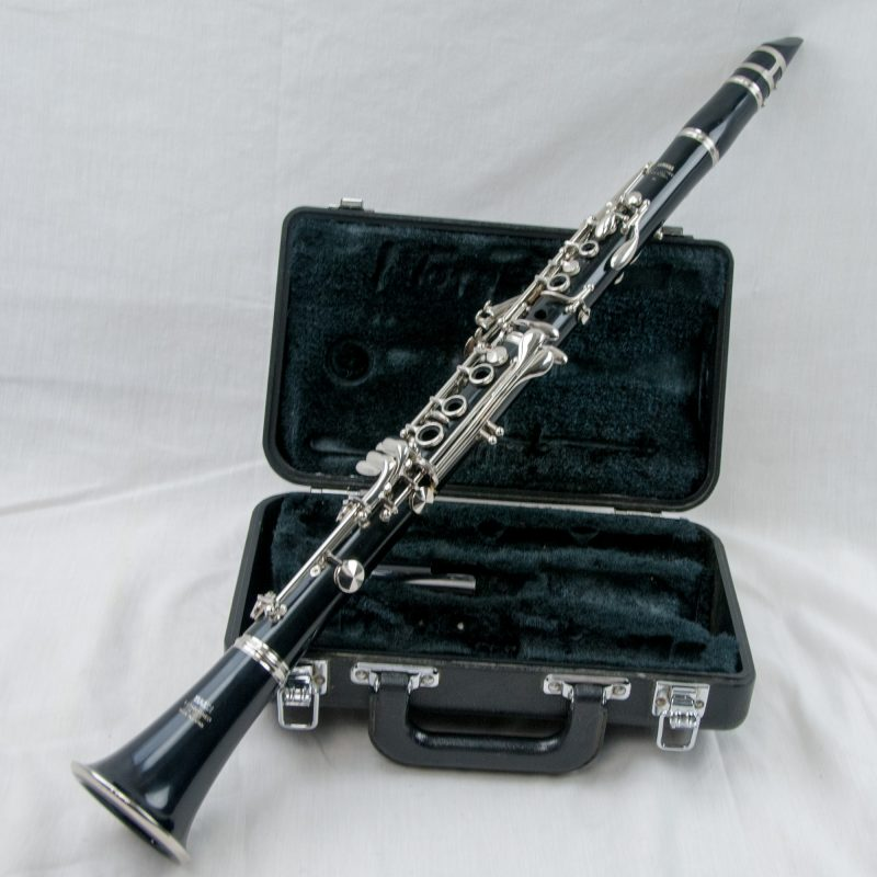 Yamaha ycl 20 bb student clarinet ycl 250 equivalent for How much is a used yamaha clarinet worth